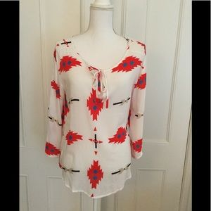 BB Dakota women's blouse top. Size Medium